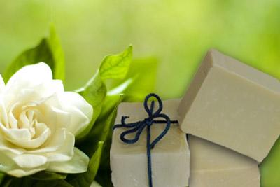 Χειροποίητο σαπούνι με άνθη γαρδένιας