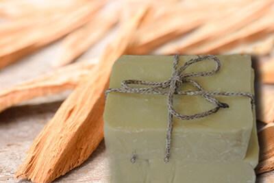 Σαπούνι από σανδαλόξυλο για άνδρες